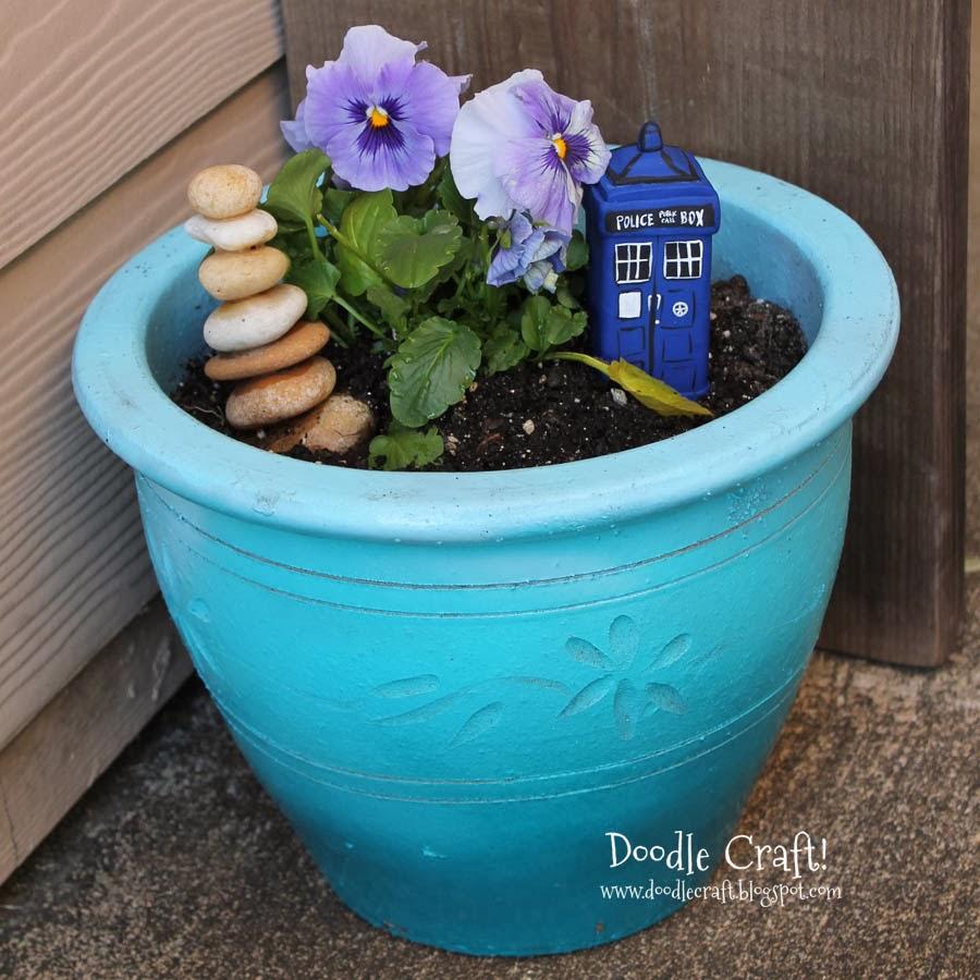 http://www.doodlecraftblog.com/2014/03/doctor-who-tardis-garden-planter.html