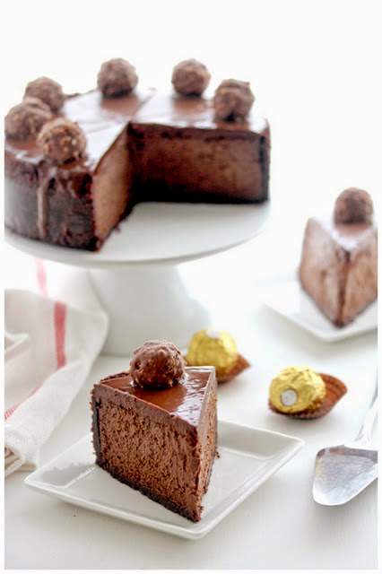 http://vintagetrinkets.blogspot.com.es/2013/06/triple-chocolate-kahlua-cheesecake.html