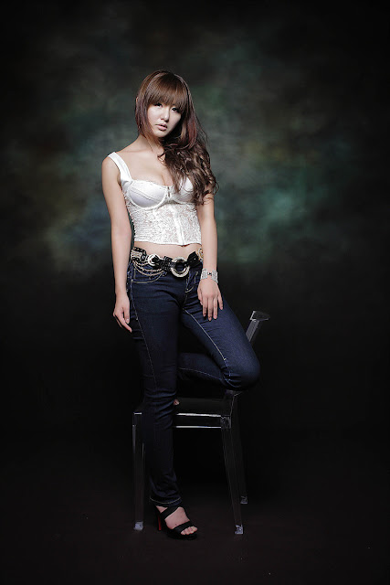 Ryu-Ji-Hye-Lace-Corset-Camisole-09-very cute asian girl-girlcute4u.blogspot.com