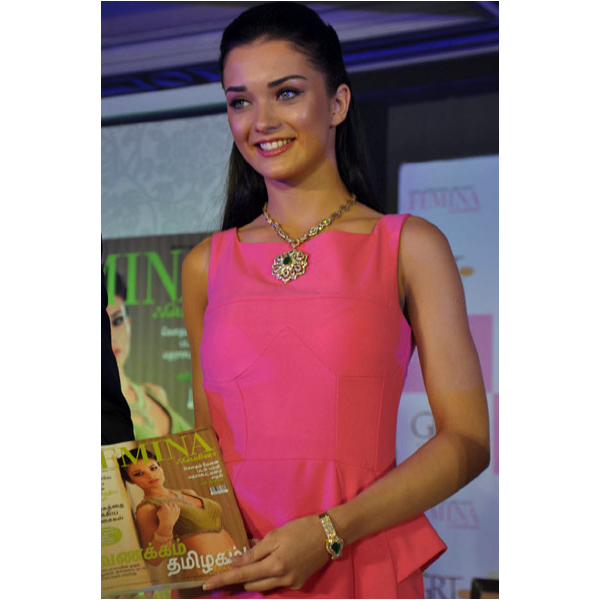 amy jackson launches femina anniversary issue glamour  images