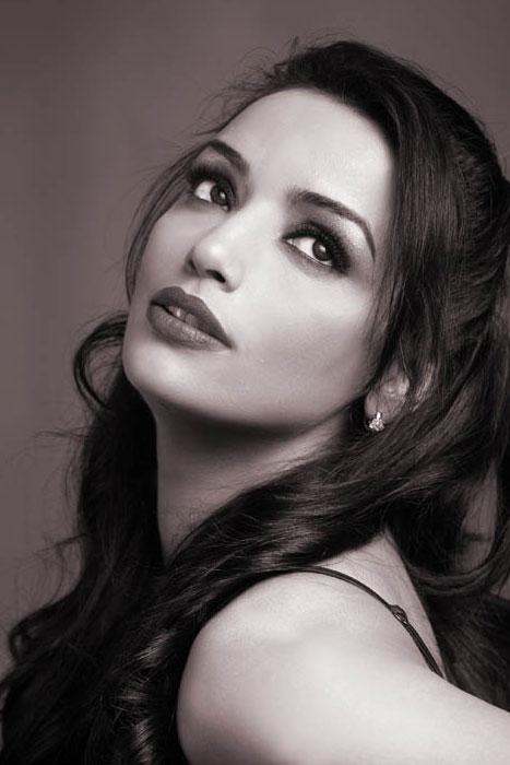 Shweta Menon Photoshoot Stills sexy stills