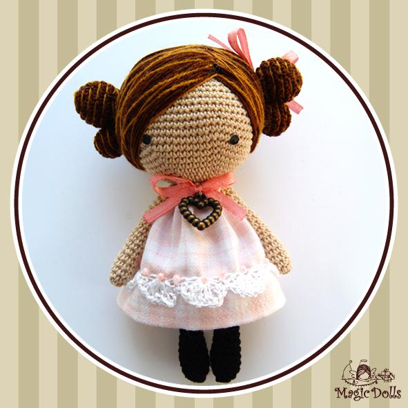 Amigurumi Magic Doll : Ma Petite Valentine Poupee http://magicdollstoys.blogspot ...
