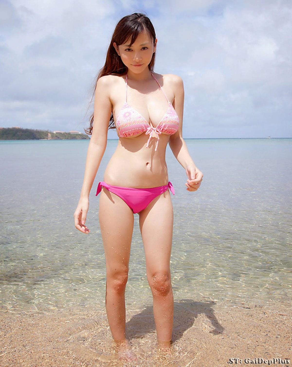 genelia nude fucking leg up images