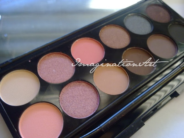 i-Divine_Sleek_Palette_Oh_so_special