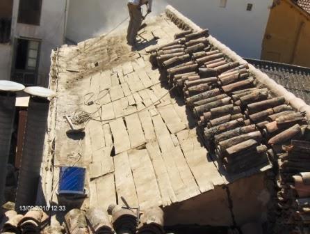 Retejar tejados de teja trabajos en vertical madrid for Tejados de madera modernos