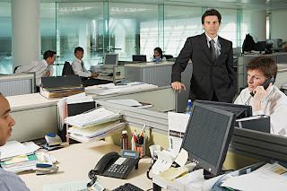5 Essential Tasks for Managing Business Finances