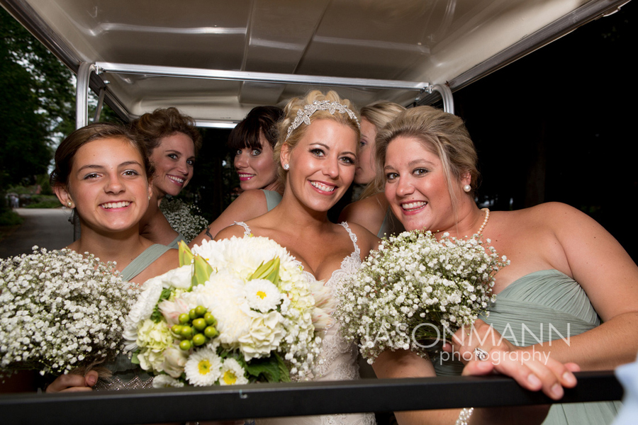 Green and white wedding bouquets. Door County wedding. Photo by Jason Mann Photography, 920-246-8106, www.jmannphoto.com