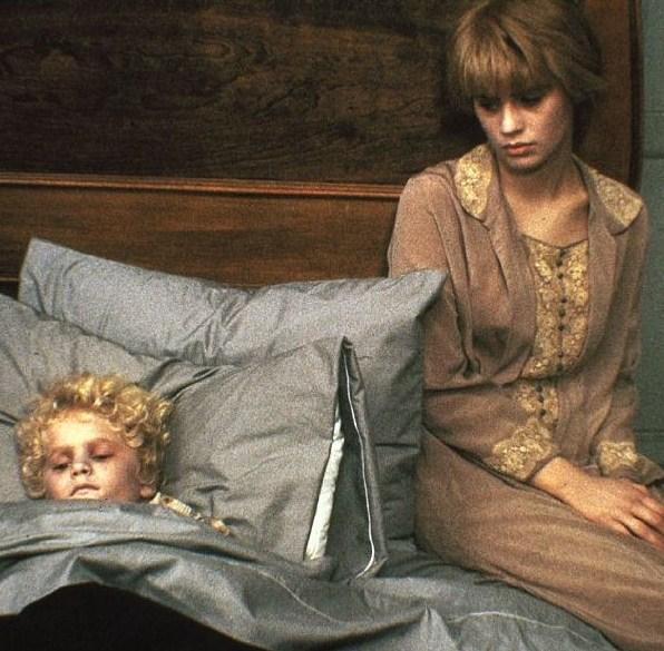 Flores en el ático (1987) Horribltime