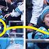 Un joueur donne le ballon à ce garçon, puis il découvre ce qui est arrivé à son papa...