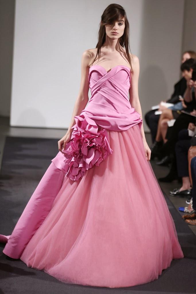 Famoso Vera Wang Vestido De Novia Ideas Ornamento Elaboración ...