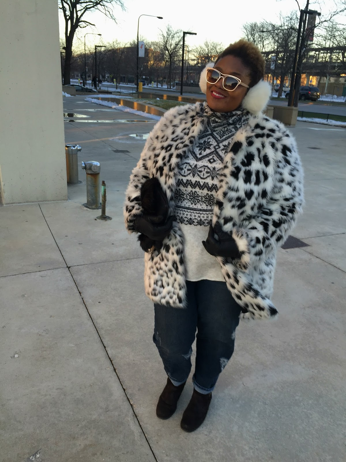 Plus Size Winter Style Sweater Faux Fur Coat Boyfriend Jeans
