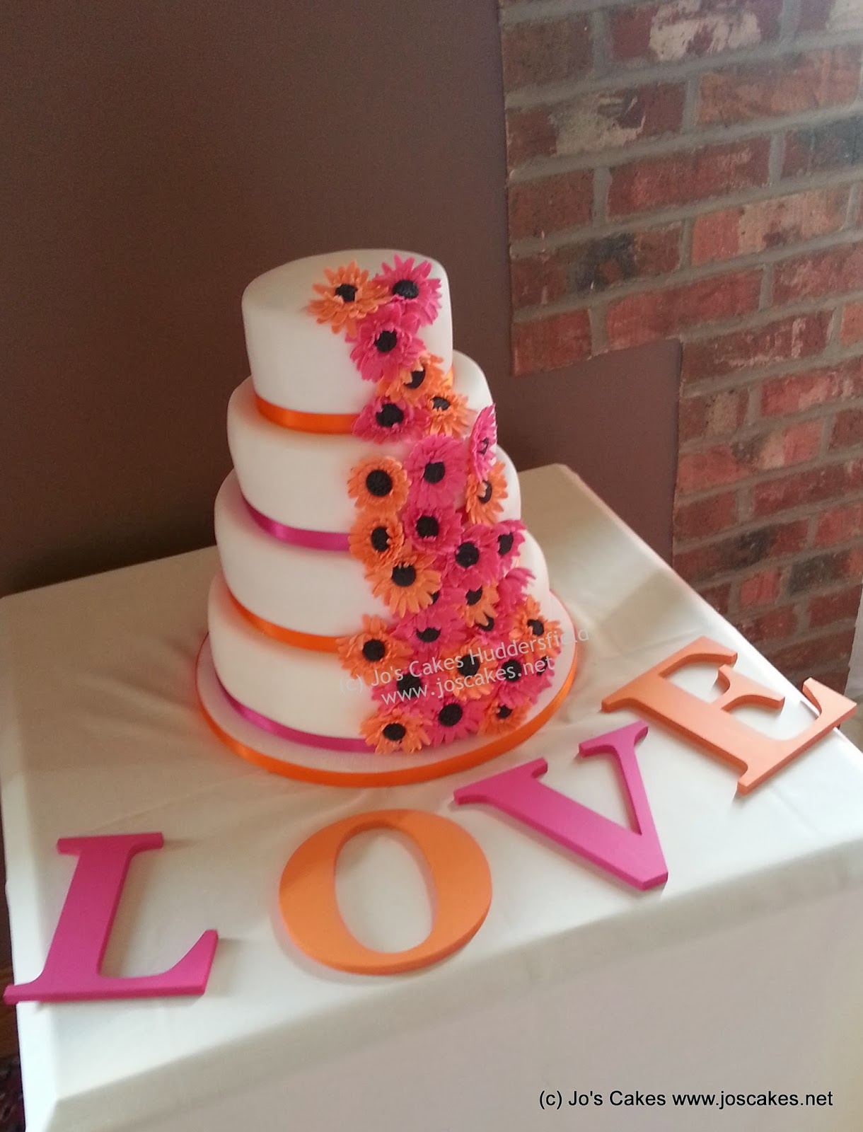 Jo s Cakes Hot Pink and Orange Gerberas Wedding Cake