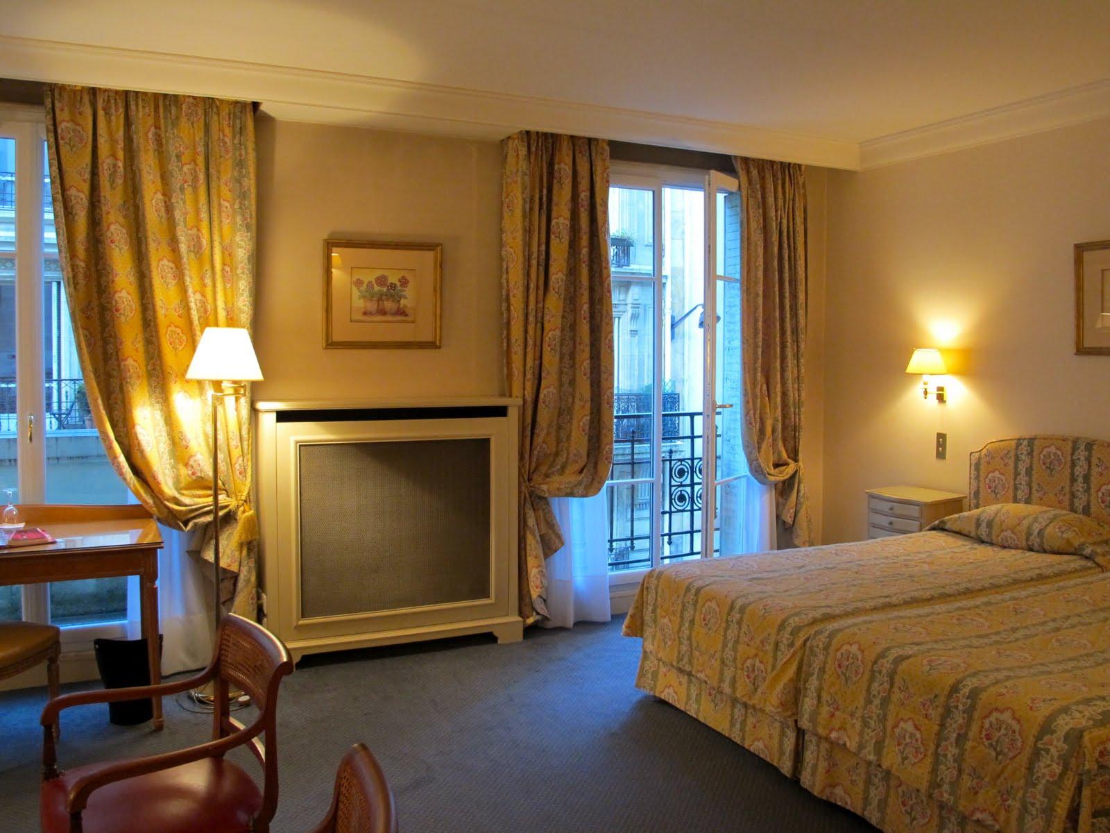camera suite dreams hotel le littre paris. Black Bedroom Furniture Sets. Home Design Ideas