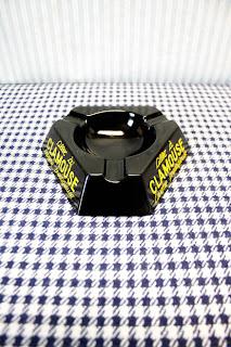 Cendrier publicitaire vintage noir & jaune