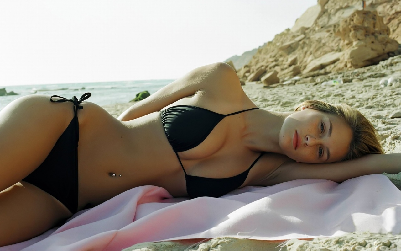 Best bikini wallpapers