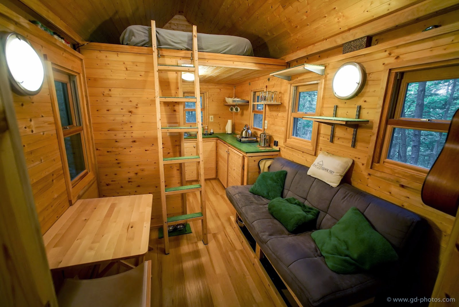 life in 120 square feet tiny house giant journey 39 s trip