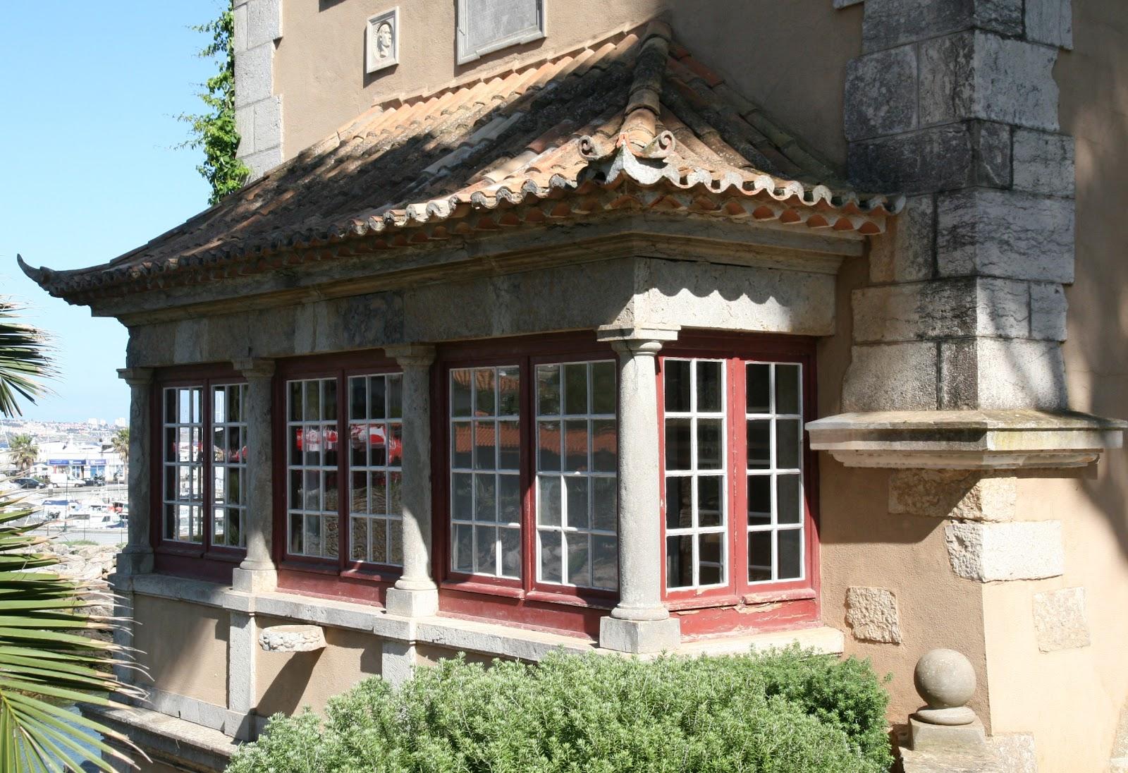 Old portuguese stuff glazed porch - Porches de casas ...