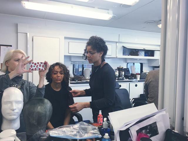 Tituba retorna toda acabada para a terceira temporada de Salem