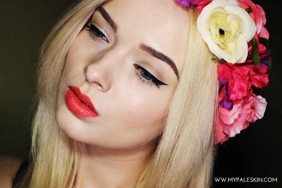 summer make up flower crown pale skin