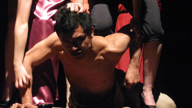 Alejandro Cristancho Romero como Caciro en Muere, Numancia, muere - Fotografía de Carlos Be