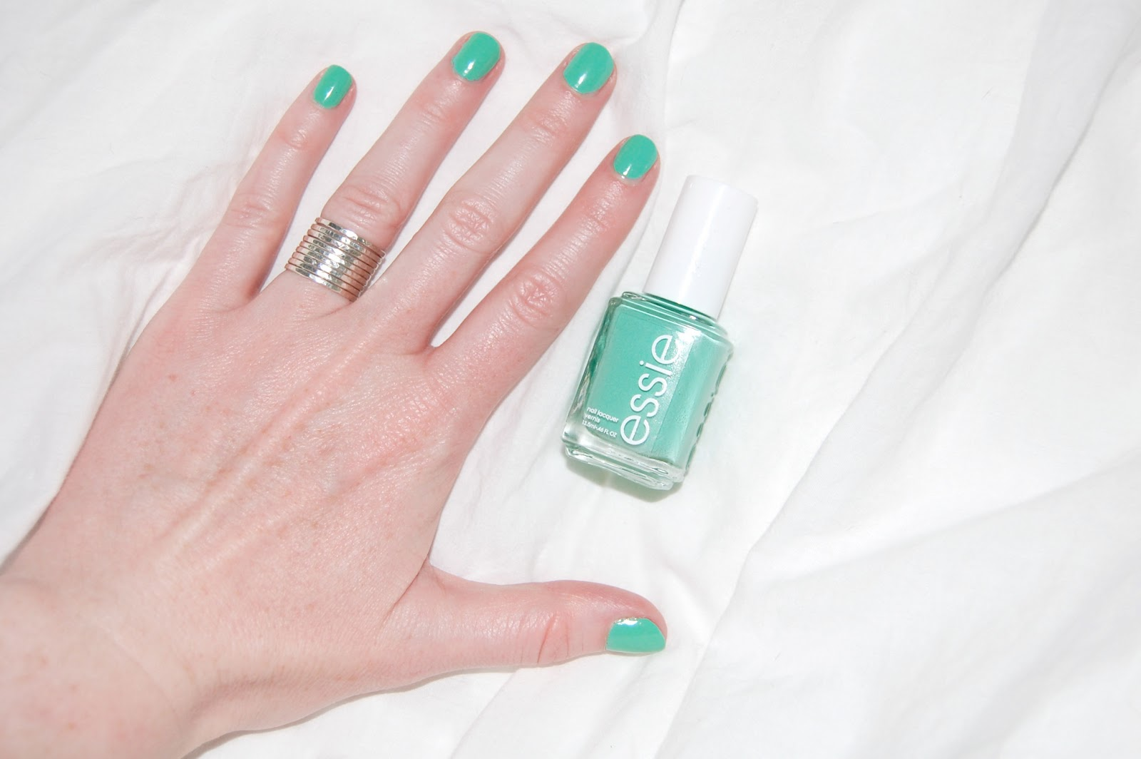 chelsea wears: Essie - First Timer
