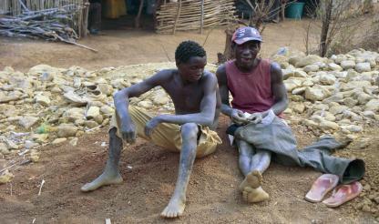 """Moçambique: Garimpo """"não contribui"""" para a economia de Manica"""