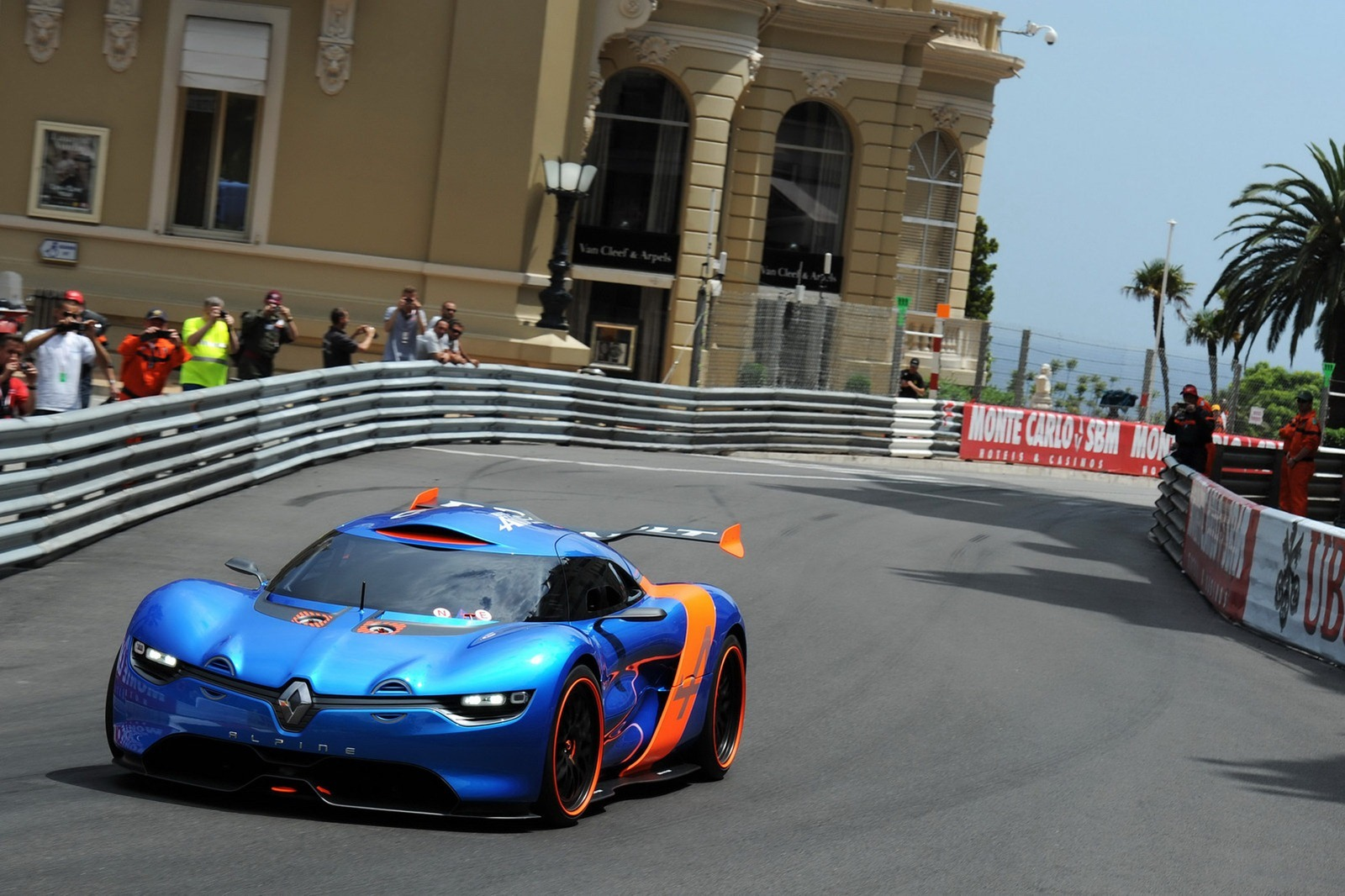 alpine to unveil new concept at le mans 24h race says report. Black Bedroom Furniture Sets. Home Design Ideas