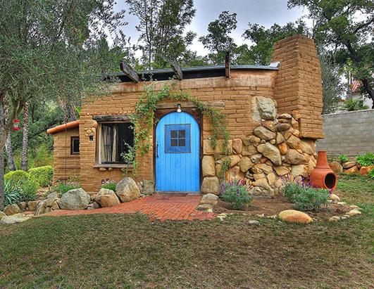 Lloyd s blog million dollar tiny home in santa barbara for Home designs and granite santa barbara