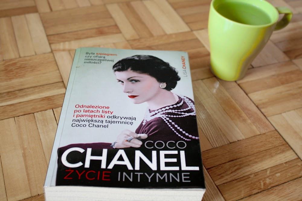 """""""Coco Chanel Życie intymne"""" Lisa Chaney Wydawnictwo ZNAK"""