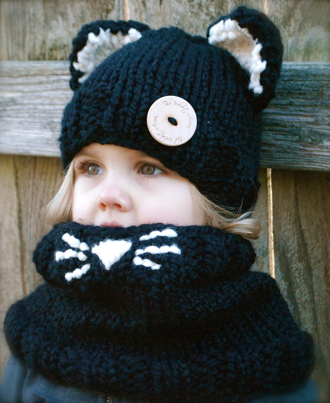 Вязаная шапочка на ребенка