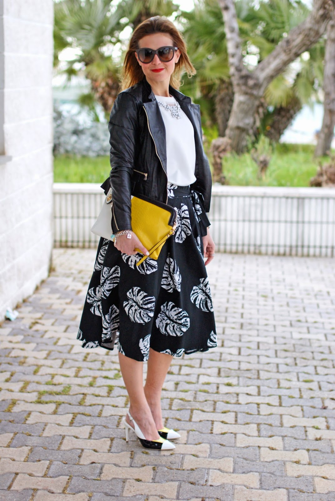 Giorgia & Johns felpa pietre e tulle, leather peplum jacket, palm leaves print skirt, Loriblu heels, Fashion and Cookies, fashion blogger
