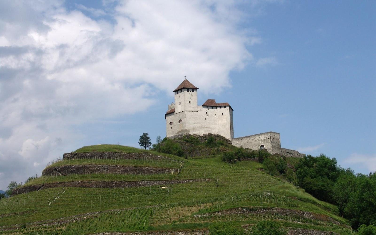 Burg Gutenberg Balzers in Liechtenstein