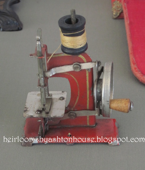 smallest sewing machine