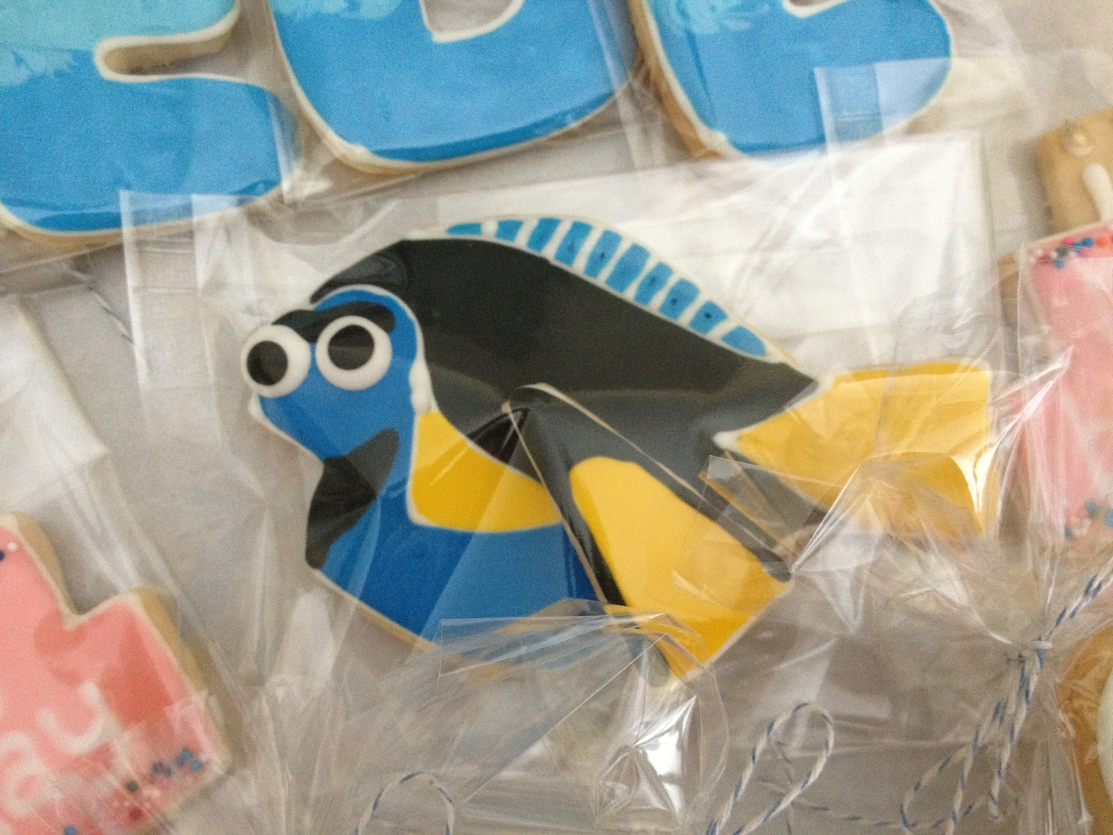 Dough and Batter: finding nemo & birthday cookies for phoebe & paula