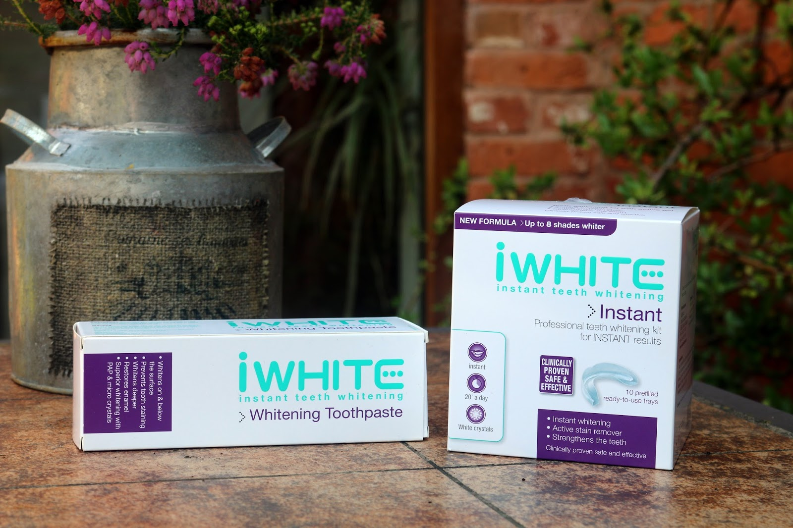 iWhite Instant Teeth Whitening
