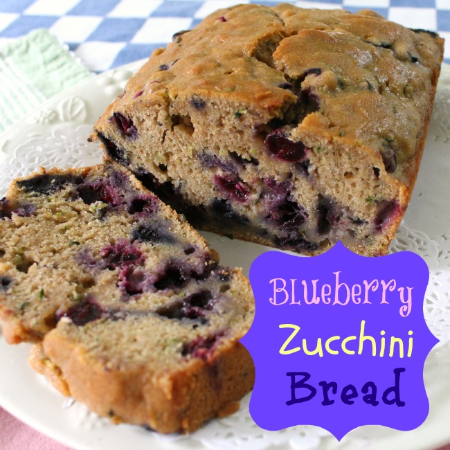 FANTASTIC BLUEBERRY ZUCCHINI BREAD | Crafts a la mode