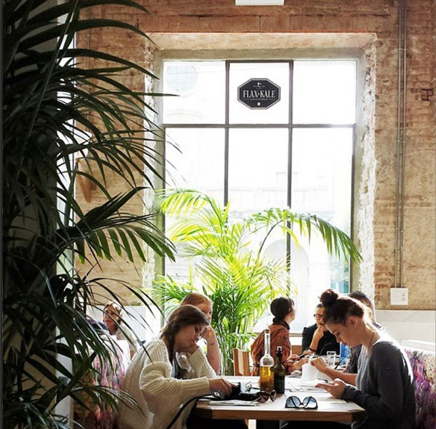 desestresate-restaurante-barcelona-flax-kale-restaurante-vegetariano-diseño