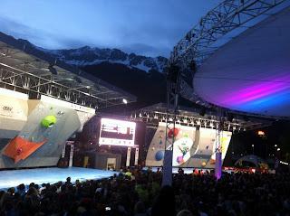 bouldering, climbing, finals, Hans Busker, worldcup, Innsbruck, snow, mountains