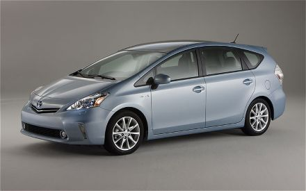 Front 3/4 view of blue 2012 Toyota Prius V