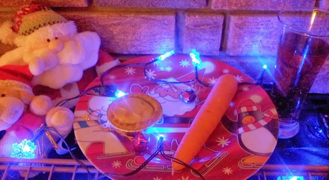 Christmas 2013 Mince Pie Santa Carrot Rudolph