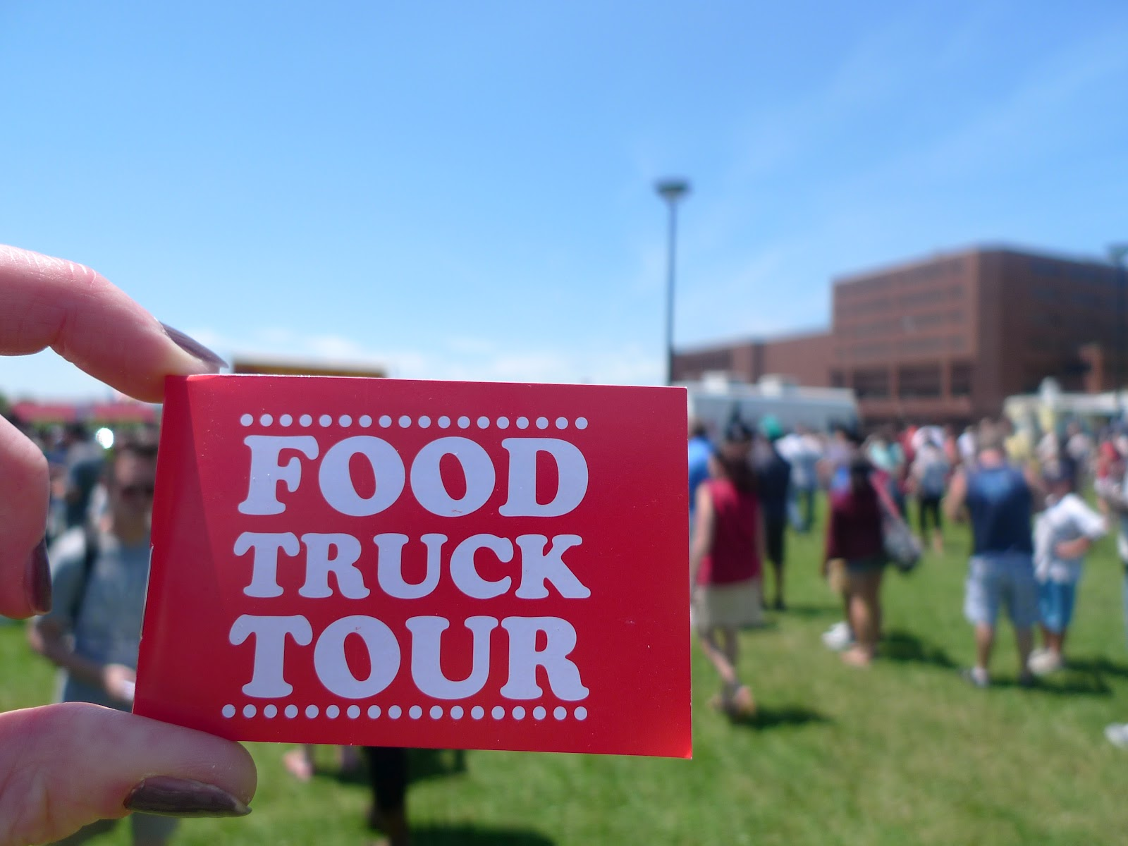 foodista on pointe  Food Truck Festival Brings in the Crowds