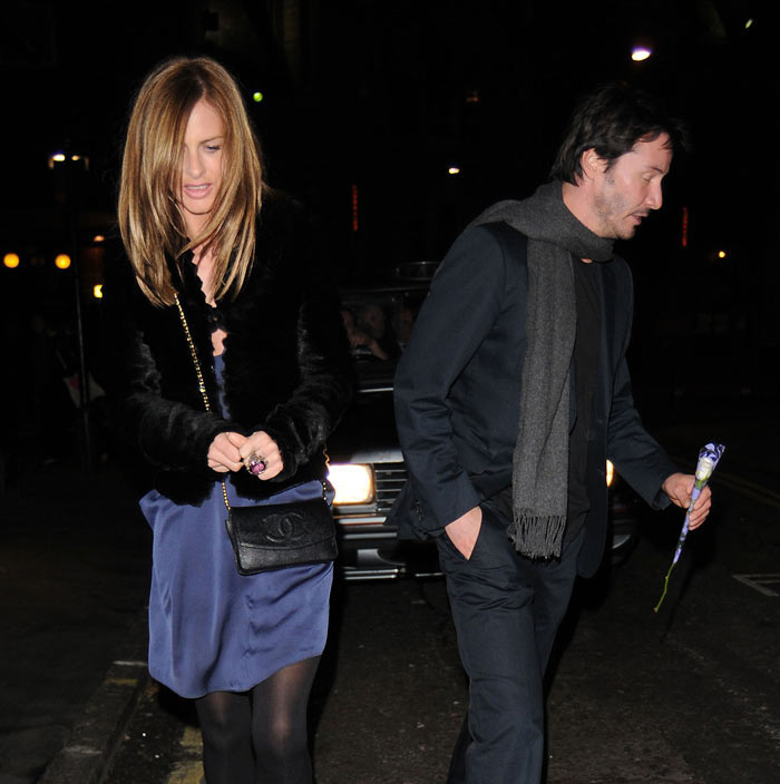 Who Is Keanu Reeves Dating 2013 | VIP Hairstyle