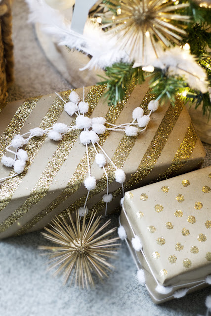 Gift wrapping inspiration: Gold glitter paper