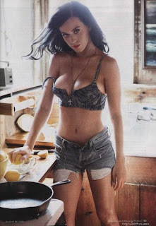 Katy Perry – Rolling Stone Magazine For July 2011 Issue
