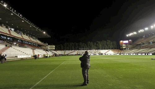 Vallecas Stadium with spotlights out of order