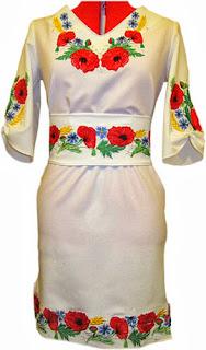 Унікальні вишивані плаття машинної