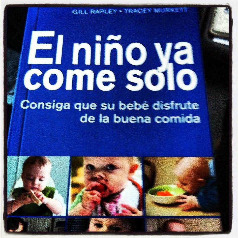 Buscando y re leyendo sobre el tema, he encontrado esta foto de Carlota con  6 meses comiendo brócoli, por cierto que le sigue encantando y a Diego  también.