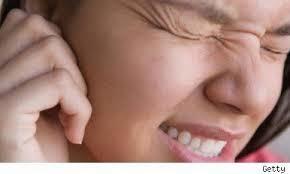 sakit telinga saat naik pesawat