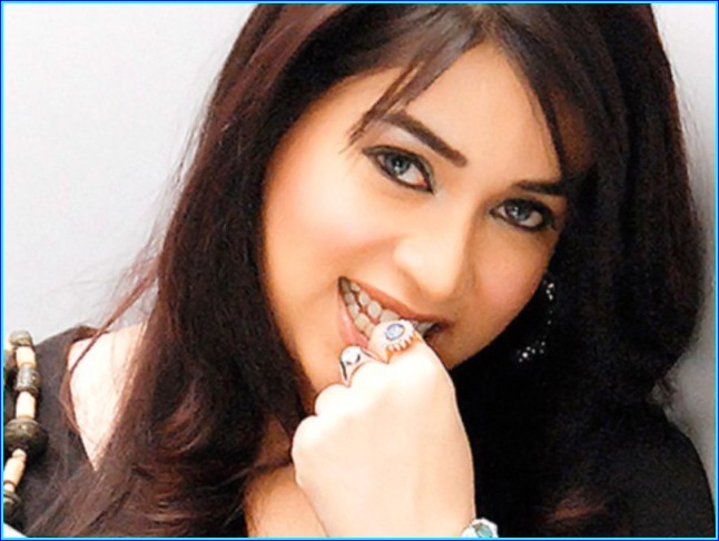 Komal Rizvi Lollywood Actress Images