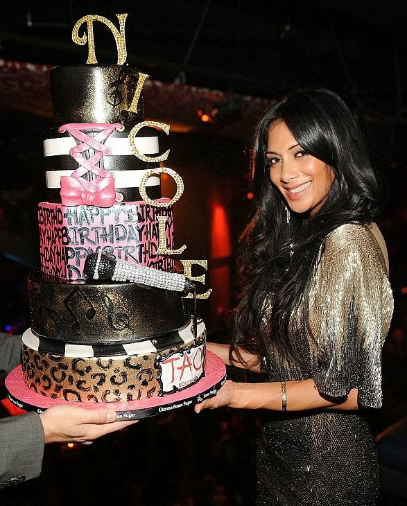 A Cairene Mommy Celebrity Birthday Cakes